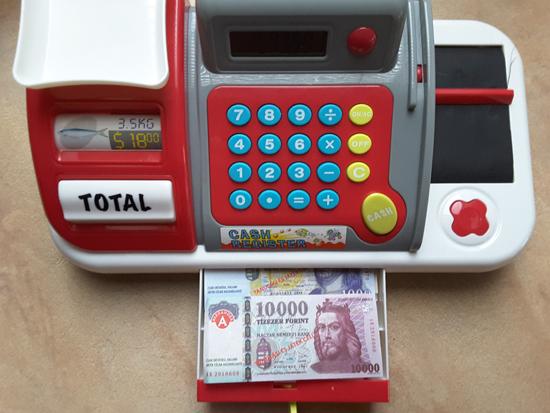 pénz2
